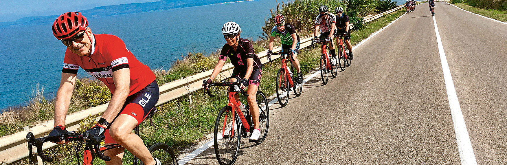 Rennvelo-Rundfahrt auf Sardinien. Rennveloferien